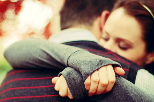 Η αγκαλιά ως μέσο θεραπείας