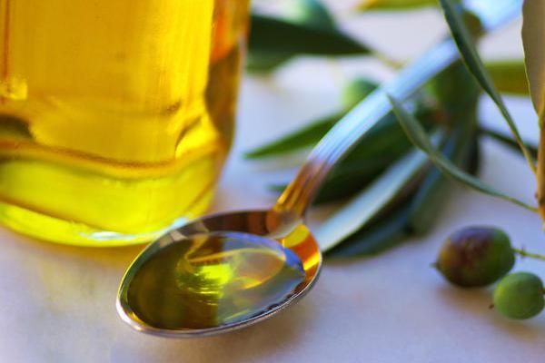 Ελαιοθεραπεία - Κάνε πλύσεις στο στόμα σου με 1 κουταλάκι της σούπας λάδι και δες τι εκπληκτικό θα σου συμβεί